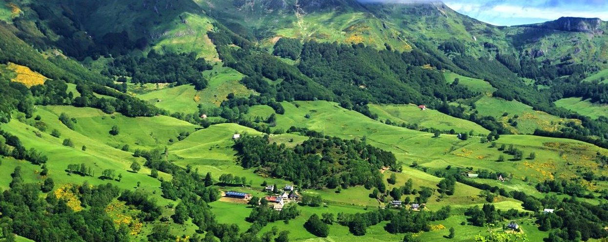 Les incontournables à voir dans le Cantal pendant son séjour en camping