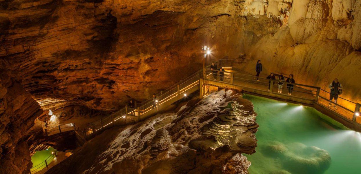 Vacances en Dordogne, activités et visite des grottes de Lascaux